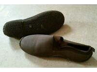 NEOPRENE BIVVY SLIPPERS (carp,pike,barbel)