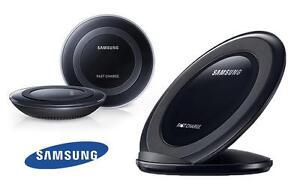 Samsung Chargeur rapide sans fil Qi / support avec prise murale d'origine Samsung + câble USB