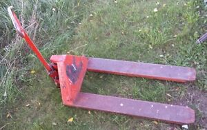 Pallet truck/Jack Cambridge Kitchener Area image 1