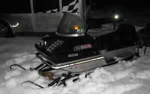 Motoneige ARCTIC CAT 292 LYNX 1971 antique vintage collection