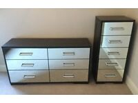 Mirrored black ash effect bedroom furniture/drawers VGC
