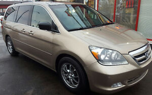 2007 Honda Odyssey Touring Minivan, Van 2 YR WAR Cambridge Kitchener Area image 3