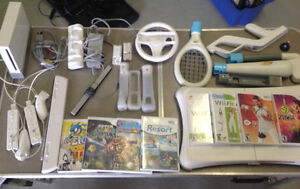 Nintendo wii - console, Wiifit, manettes, chargeur, jeux
