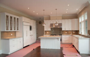 Hampton wood kitchen - Financing available - $72 a month