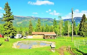 5 ACRES WITH A HOUSE & EQUESTRIAN CENTER FOR SALE!