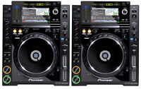 2x Pioneer CDJ-2000 Pro DJ CD MP3 USB Rekorbox Players Pair