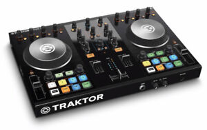 Native Instrument - Traktor Kontrol S2