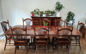 Dining Table and 8 Chairs by Canadel