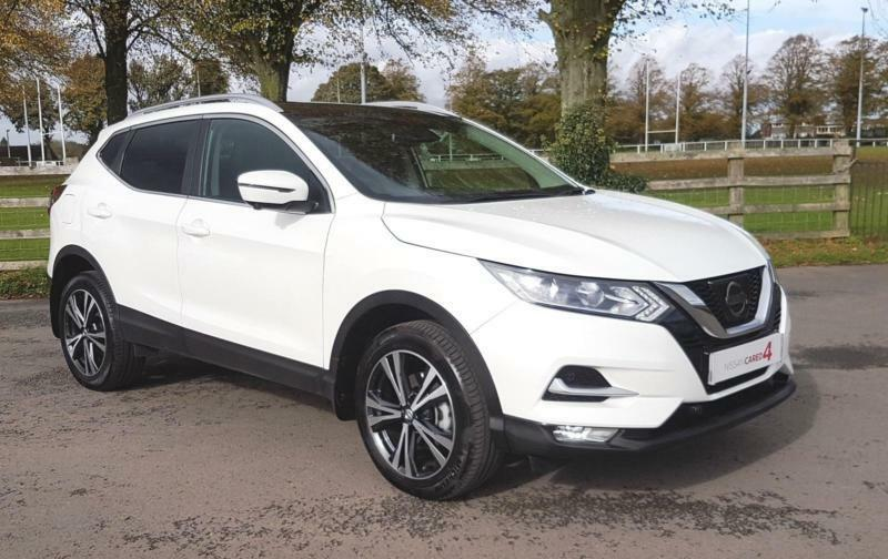 2017 17 nissan qashqai dig 115 n connecta with panoramic roof in coleford gloucestershire. Black Bedroom Furniture Sets. Home Design Ideas