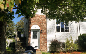 $700/Month 3 Rooms 400/sq ft & furnished shared living space