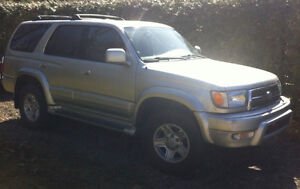 ** TOYOTA 4RUNNER LIMITED 1999 - SEULEMENT 10300  KM ****