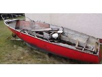 FREE TO COLLECT! Boat Hull 25ft. FREE!! MAKE GOOD PLANTER