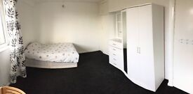 Private room in shared flat near city centre