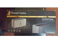 BRAND NEW RUSSELL HOBBS WHITE 4 SLICE LONG SLOT TOASTER /£15
