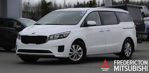 2017 Kia Sedona LX! HEATED SEATS! BACKUP CAM!