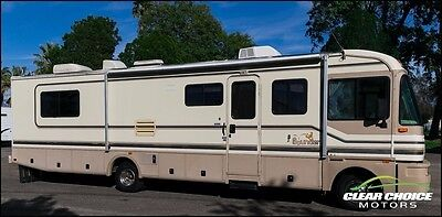 1997 FLEETWOOD BOUNDER 35' CLASS A RV MOTORHOME - SLEEPS 6 - NICE SHAPE IN/OUT