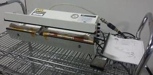 """P.A.C. PVTG-18 Scelleuse pneumatique sous-vide de table - 18"""" x 5mm"""" seal usagée *AEVOS*"""