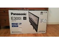 Brand new TV - 32 inches - Flawless Condition - Panasonic - Box included