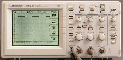 1pc Used Tektronix Tds210 Two Channel 1 Gss 60 Mhz Dhl Or Ems P1581 Yl