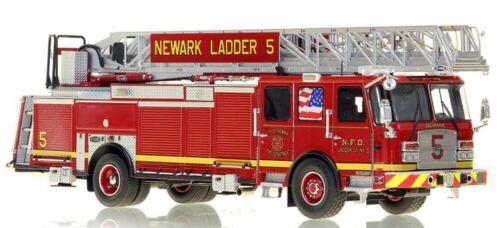 NEWARK FIRE DEPARTMENT E-ONE LADDER 5 1/50 Fire Replicas FR054-5