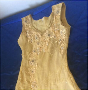 Indian yellow churidar suit heavily worked dress size Small Harris Park Parramatta Area Preview
