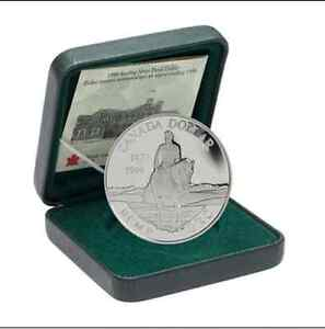 1998 Canada 125th Anniversary RCMP Uncirculated Silver Dollar