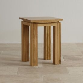 SOLID OAK TALL LAMP TABLE NEW