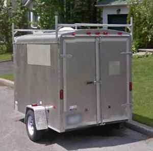 Reward for stolen trailer / Recompense pour remorque volee