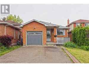 Fully renovated 2 bedroom raised basement available for rent