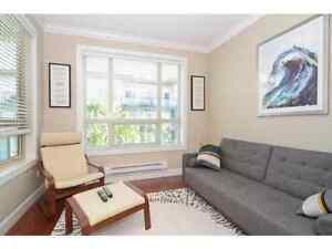Stunning 1 bdr +1 den in new building  available Jul 1st
