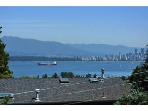 Panoramic views house at Point Grey