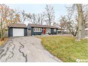 Lovely Home In One Of Orillia's most Sought After Areas!