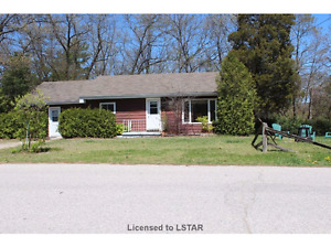 Great Cottage Home Investment Property for sale in port franks -
