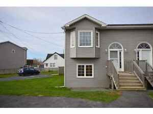 Beautiful House in Eastern Passage for Rent August 1st
