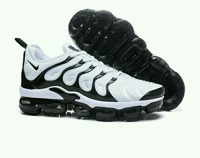 hot sales 9e7be f8c1f Nike vm black and white size 8.5 | in Leicester, Leicestershire | Gumtree