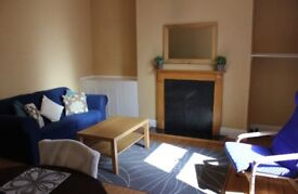 1-bed flat city centre, furnished free onstreet parking close to RGU for RENT
