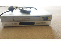 VHS Philips VR550 Nicam Video Recorder with remote