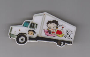 camion epinglette betty boop