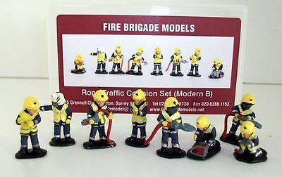 BRAND NEW FIRE BRIGADE MODELS ROAD TRAFFIC COLLISION SET
