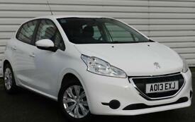 Peugeot 208 Access+ 1.2 VTi Petrol Manual White 5 dr Hatchback