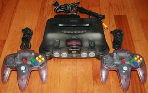 Clear Smoke N64 & 2 Atomic Purple Controllers - Boxed N64 Games
