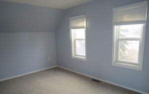House for rent, 2 large bedrooms, fenced yard