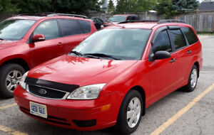 2006 Ford Focus Wagon - Low kms, mint condition, certified.