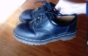 Docs Original Dr Martin's Size 8 Black