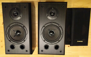Logitech Premiere LE-180 5 in. Bookshelf Speakers