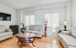 BEAUTIFUL 4 YRS NEW END UNIT FREEHOLD TOWNHOME IN PICKERING!