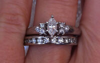 1.00CT(BRAND NEW/APPRAISAL) PLATINUM ENGAGEMENT RING & BAND!