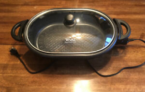 RIVAL,  Electric  Dutch Oven