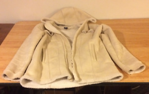 Gap Fall Jacket Size 14-16 XXL Cream Soft Exterior Fleece Lined