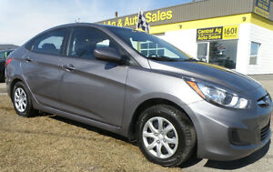 2014 Hyundai Accent   FINANCE TODAY  !!  MARC @ 204-781-0292